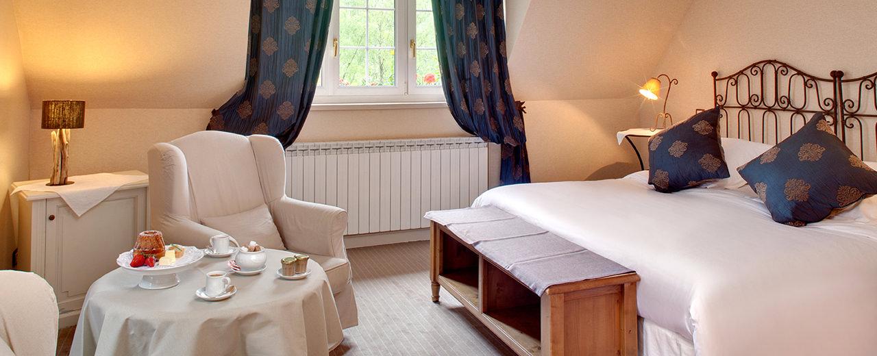 les chambres de charme de l 39 hotel spa la cheneaudi re 5 toiles. Black Bedroom Furniture Sets. Home Design Ideas