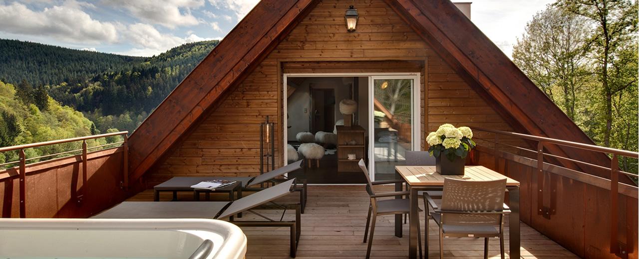 die suite mit eigenem whirlpool im hotel spa la cheneaudi re. Black Bedroom Furniture Sets. Home Design Ideas